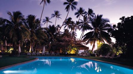 Ilumina tu piscina y báñate en cualquier momento del día